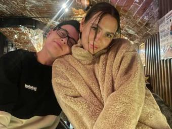 Modello lesbico premium BugaGirls